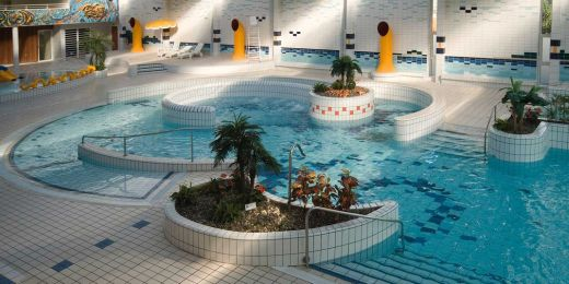 Casalgrande Padana Swimming pool