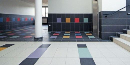 Tegels voor gemeenschapsgebouwen, scholen, kinderdagverblijven, culturele ruimtes, sportcentra, openbare gebouwen - België