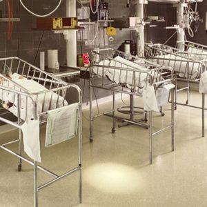 Tegels voor ziekenhuizen, klinieken, medische centra, verpleeg- en verzorgingshuizen