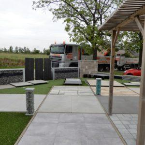 Outdoor showrooms van tegels